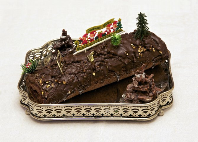 In France, a Bûche de Noël is traditional holiday nosh.