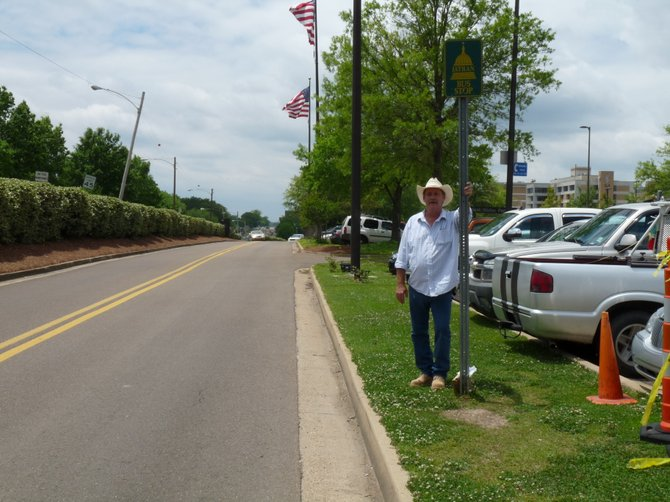 "Veteran Jerry Hammond isn't handicapped but, he said, ""It just isn't right"" the way disabled veterans have to wait in the driveway for JATRAN buses at the VA Medical Center."