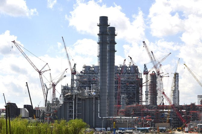Residents of Kemper County suspected that Mississippi Power Co.'s lignite electric generating station would not be ready by spring 2014 despite the busy pace of construction activity at the site.
