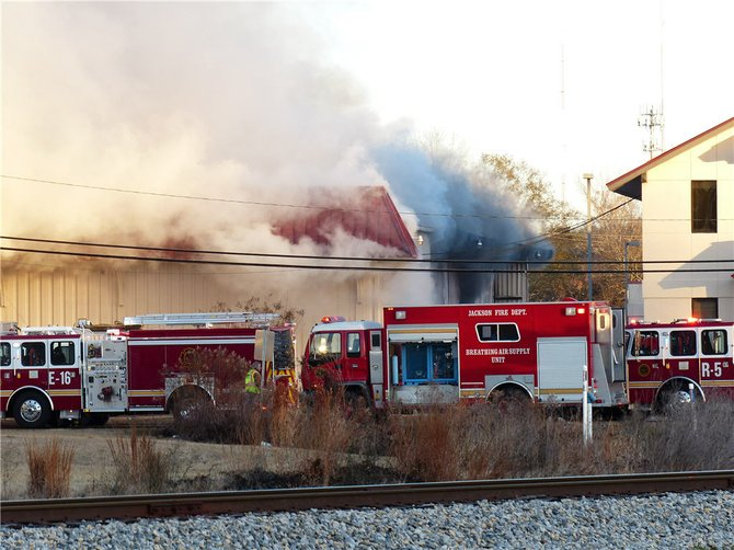 Fire burns a Jackson Salvation Army store. Courtesy Mark Blasingame.