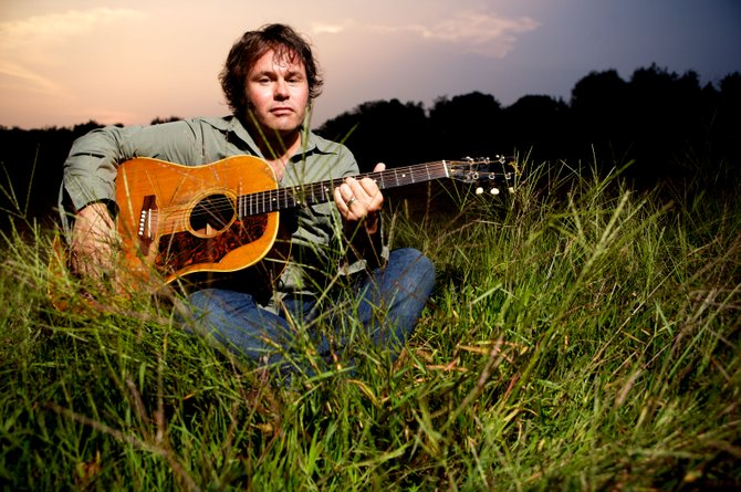 Martin Sexton brings his soulful singing and impressive guitar playing to Duling Hall on Feb. 15.