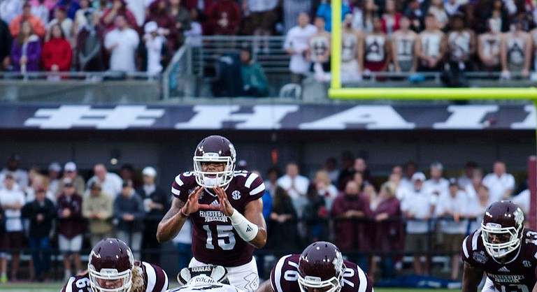 Dak Prescott, Mississippi State's starting quarterback, has started the 2014 year undefeated.