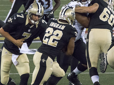Luke McCown threw for 310 yards as quarterback in Week 3 for the Saints. (photo: Keith Allison/flickr)