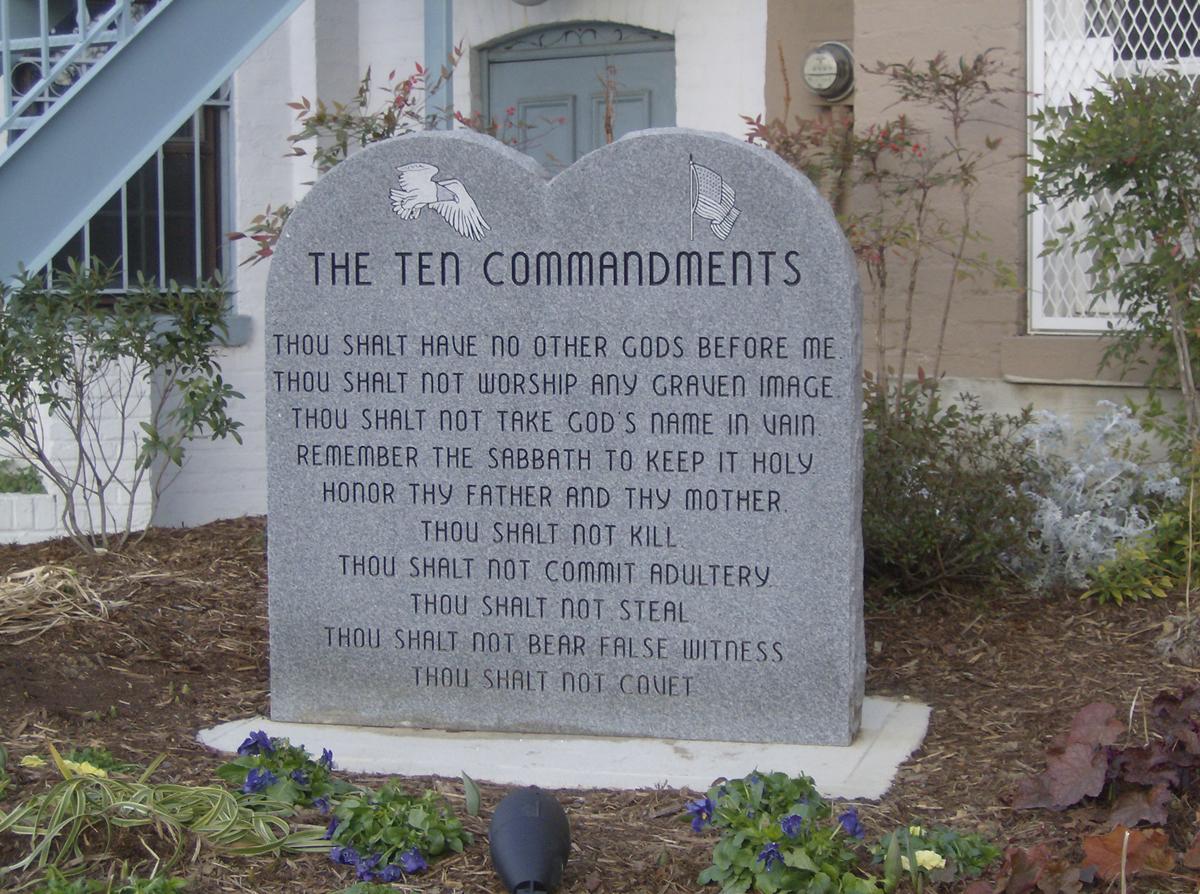 Man Destroys New Ten Commandments Statue at Arkansas Capitol