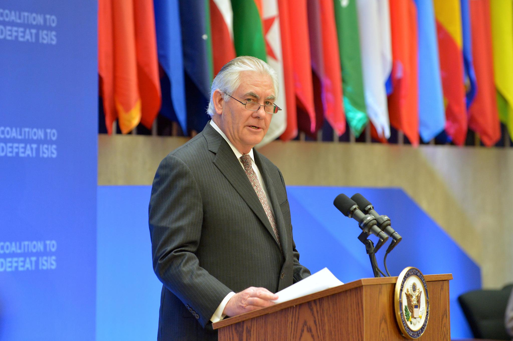 Tillerson: Trump Will Scorn but Not Bolt from Iran Nuke Deal
