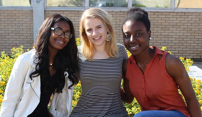 Dyshante Bennett (left), Sophia Bowley (center) and Oluwatosin Akinyemi (right) Photo courtesy Jackson Public Schools