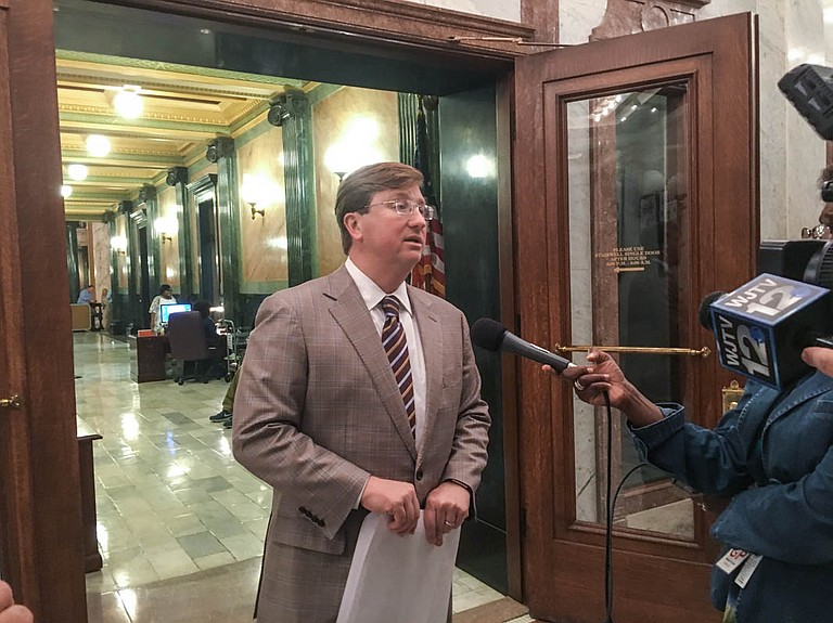 Lt. Gov. Tate Reeves told reporters Saturday night that the Senate and the House had agreed to a $6-billion state budget that begins in July.