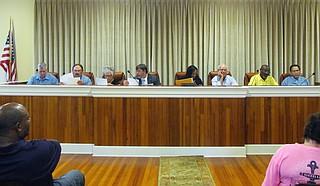 From left to right: Ward 4 Alderman James Harrell, Alderman Eddie Jones, Ward 3 Alderman Margie Warren, city lawyer Brad Mills, Mayor Ryshonda Harper Beechem, City Clerk Thomas Lyle, Ward 2 Alderman Frank Boyd and Ward 1 Alderman Michael Adams.