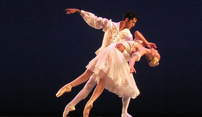 Cassidy Daves and Jorge Boza Caceres compete in pas de deux during the first round of the USA International Ballet Competition. Both competitors will compete in round two.