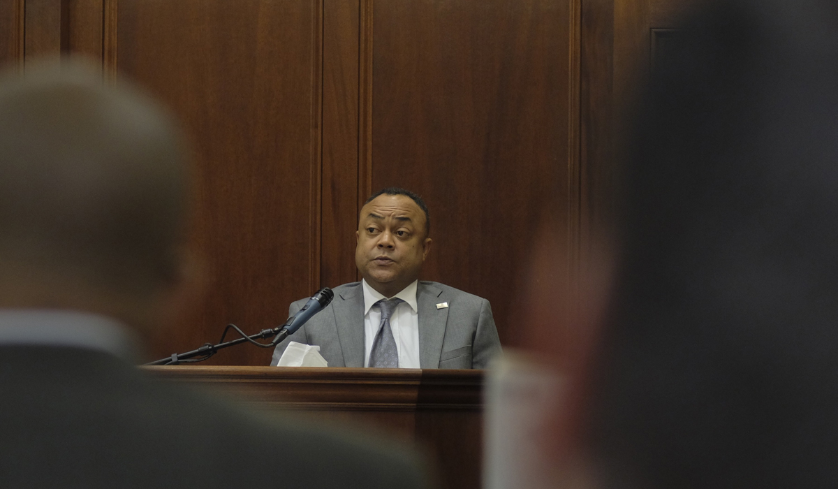 UPDATED: Jury Deliberates in Hinds DA Trial, After Smith Takes Stand on Second Day