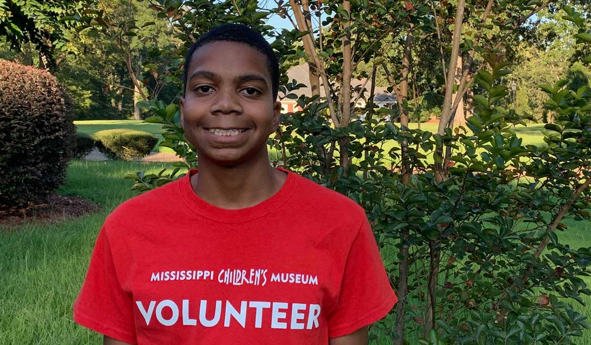 Youth Volunteer John Wicks III Earns Volunteer of the Month at MCM