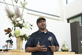 Lee Vance, candidate for Hinds County Sheriff, discusses his platform before community members at the Mississippi Museum of Art in Jackson, Miss. on Sept. 6, 2019. Reforming the pretrial detention system in Hinds County is one of Vance's top goals. Photo by Seyma Bayram