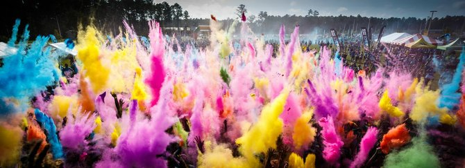 At the end of the race, participants gather for one final epic burst of color.