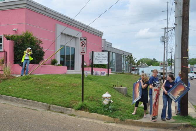 Mississippi's sole abortion clinic received another reprieve that will allow it to continue operating, at least for the foreseeable future. Pro-life protests at the clinic coninue.