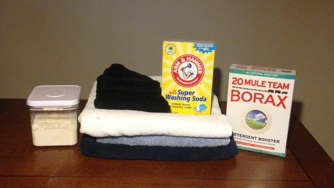 Making your own laundry detergent is a cheap, easy way to get into DIY cleansers.