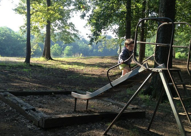 Mayes Lake is a great place to unplug with kids. It offers proximity to Jackson and relative quiet.