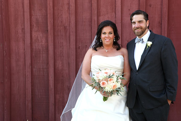 After Lindsey Brooks lost her father, she and her fiancé, Ryan Bell, decided to downscale the wedding and have a celebration of family, friends and the city they love—Jackson.