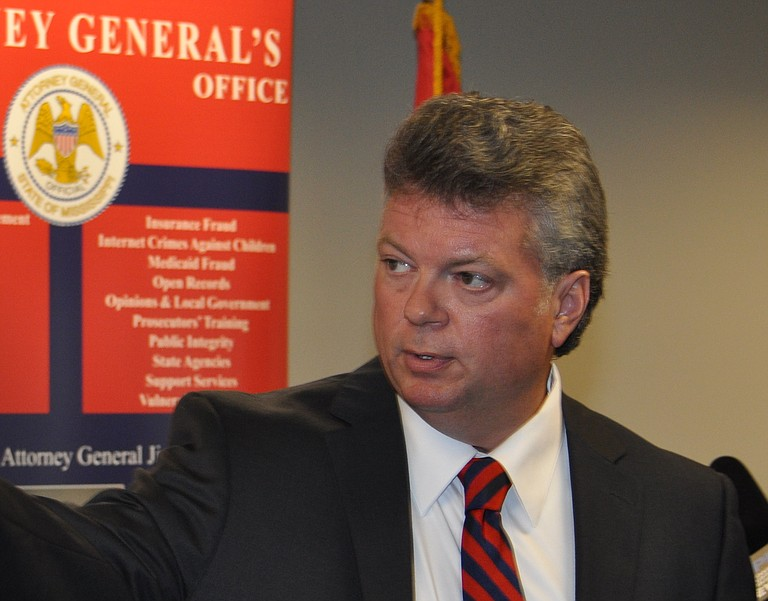 Mississippi Attorney General Jim Hood's complaint against Experian Information Solutions was filed without fanfare last month in a Biloxi state courthouse and transferred to Mississippi federal court late last week.