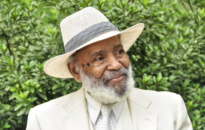 James Meredith pointed out that the debate over slavery gave way to the Missouri Compromise of 1820, which allowed slavery in the then-newly proposed state of Missouri but not in new western territories.
