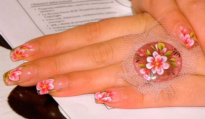 This Mother's Day, practice self-care, such as getting a manicure. Photo courtesy Flickr/Manuela Barattini