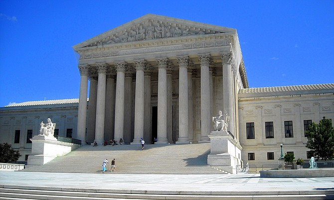 The U.S. Supreme Court building.  Photo courtesy Flickr/NCinDC.