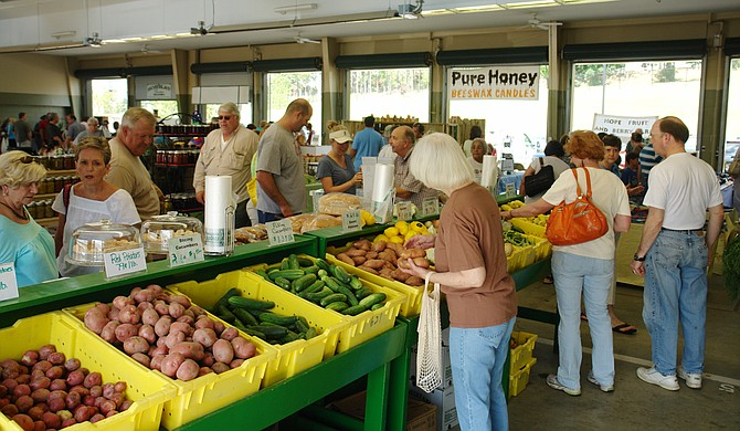 With farmers markets started accepting SNAP, formerly known as food stamps, many believe low-income families have an opportunity to eat healthier. Still, lack of access to health insurance and safe places to exercise continue to exacerbate Mississippi's health disparities. Trip Burns/File Photo