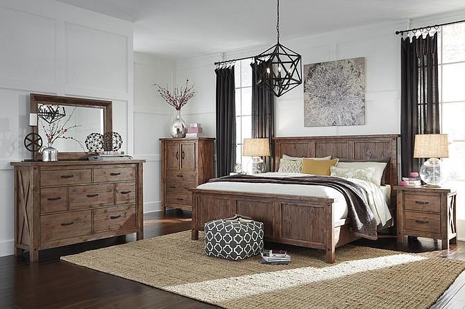 Haley\'s Comet, Fino Furniture, D\'s Cajun Spot and Hermes ...