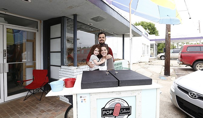 Pop Culture Pops, a gourmet ice-pop shop that Craig Kinsley and his wife, Lori Kinsley, opened in April 2015, will soon be closing.