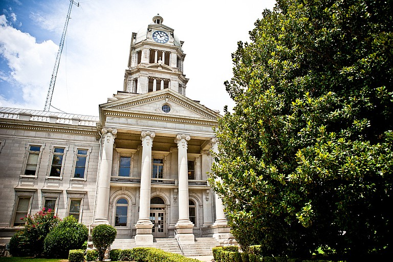 The Confederate soldier statue has stood outside the Leflore County Courthouse (pictured) since 1913. It is among dozens of similar monuments in Mississippi. Photo courtesy Flickr/Sean Davis