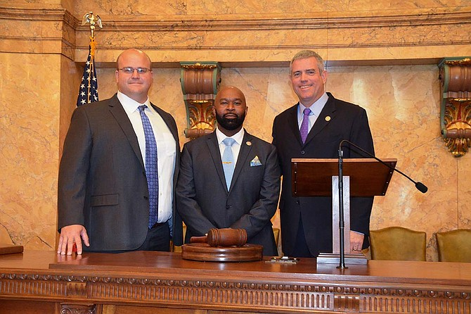 House Speaker Philip Gunn, R-Clinton, swore in new Reps. Cheikh Taylor and Kevin Ford to serve in the Mississippi House of Representatives ahead of the 2018 legislative session. Both Taylor and Ford are finishing out terms of representatives who retired and resigned last session. Photo courtesy House of Representatives
