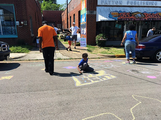 While parents shopped in Offbeat, some of their kids hung out with daniel johnson and Lesley Collins at Significant Saturday (a free art event at Offbeat every third Saturday).