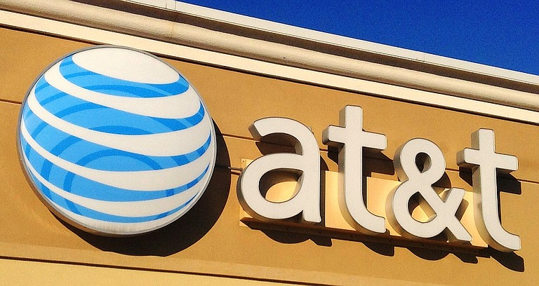 A federal judge approved the $85 billion mega-merger of AT&T and Time Warner on Tuesday, a move that could usher in a wave of media consolidation while shaping how much consumers pay for streaming TV and movies.