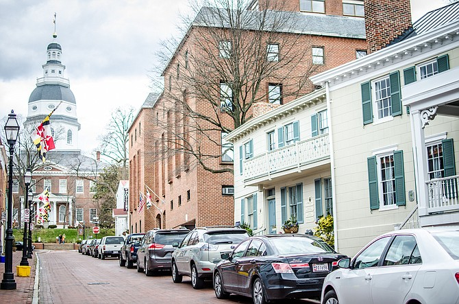 Multiple people have been shot at a newspaper in Annapolis, Maryland. The Baltimore Sun, which owns The Capital newspaper in Annapolis says a reporter told them of the shooting Thursday afternoon.