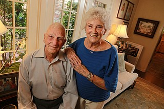 """Carlyle """"Smitty"""" Harris and his wife, Louise Photo courtesy Thomas Wells/The Northeast Mississippi Daily Journal via AP"""
