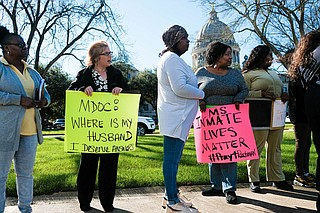Supporters of prisoner rights and family members of inmates gathered outside the Mississippi Capitol on Jan. 7 to protest prison conditions and the ongoing crisis at MDOC that led to five inmate deaths between Dec. 29 and Jan. 3. Photo by Ashton Pittman
