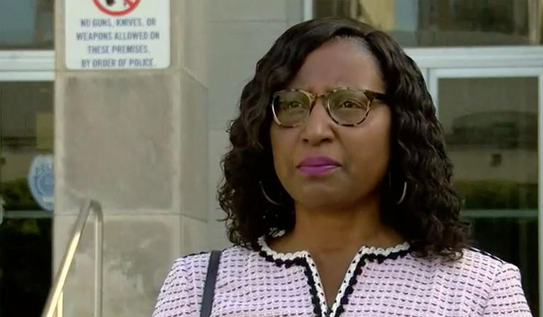 Lisa Ross, attorney of the family a minor a Jackson police officer allegedly propositioned, held a press conference accusing the City of Jackson of an inadequate response to the accusation. He was released on a Saturday with an unsecured bond. Screencap courtesy WLBT