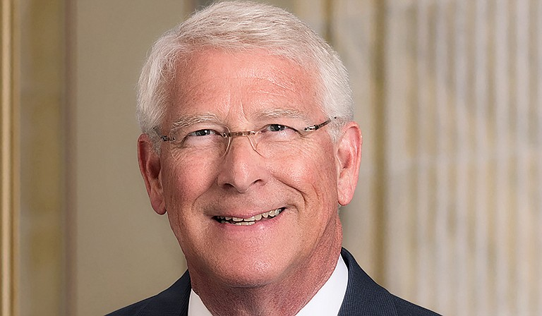 """U.S. Sen. Roger Wicker believes in """"limited government,"""" except when he doesn't, columnist Richard Conville writes. Plus, he says, it hasn't worked. Photo courtesy U.S. Senate"""