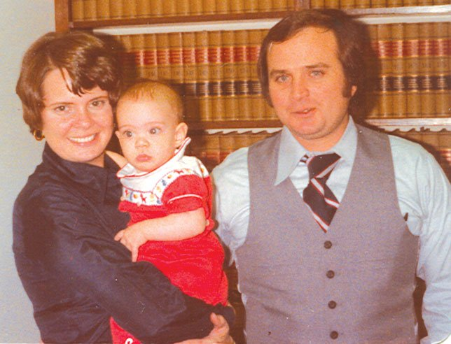The U.S. Department of Justice opposed Mississippi attorney Paul Minor's motion for release pending appeal as Minor's wife, Sylvia, (left) dies of cancer.